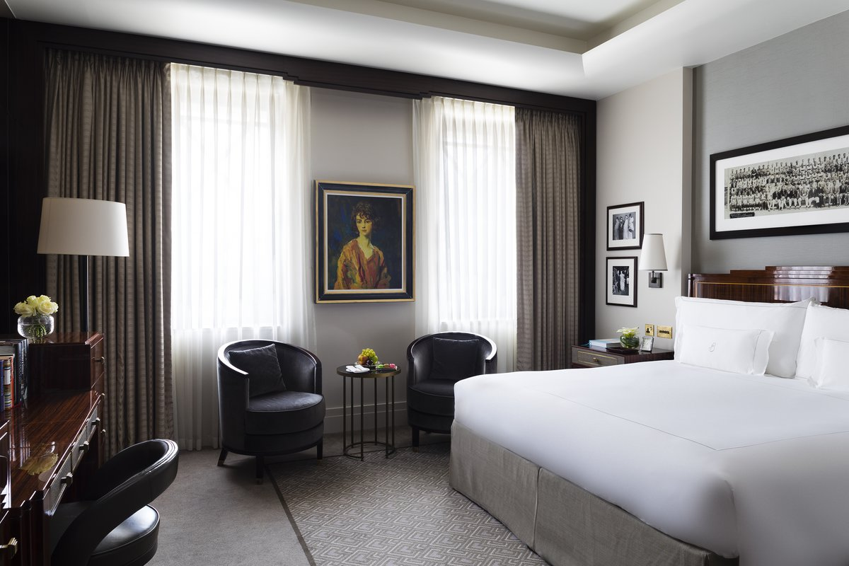 5 star hotel in mayfair london the beaumont hotel for Hotel room interior images