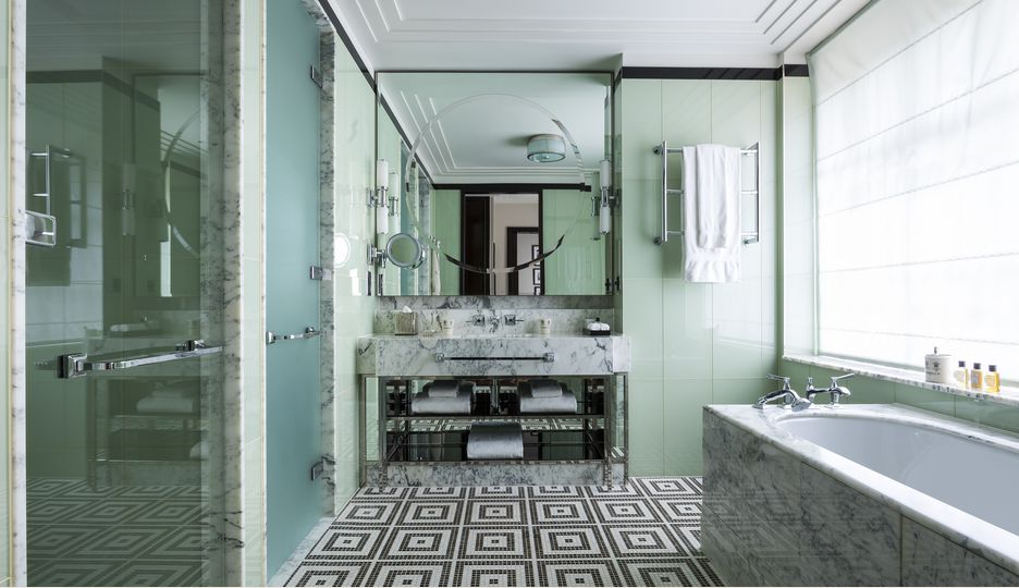Bathroom in The Terrace Suite at The Beaumont Hotel in London
