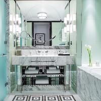 A Mayfair Suite Bathroom at The Beaumont