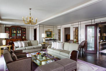 The Roosevelt Sitting Room at The Beaumont
